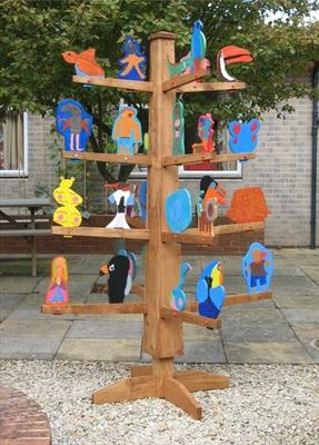 The West Kidlington Story Tree